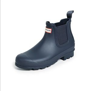 Hunter Boots Original Chelsea Boots in Navy